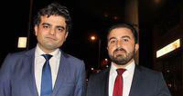 Hollanda işçi partisi iki Türk vekili ihraç etti