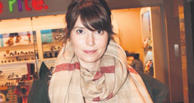 Selma Ergeç: Zamanım setlerde geçiyor