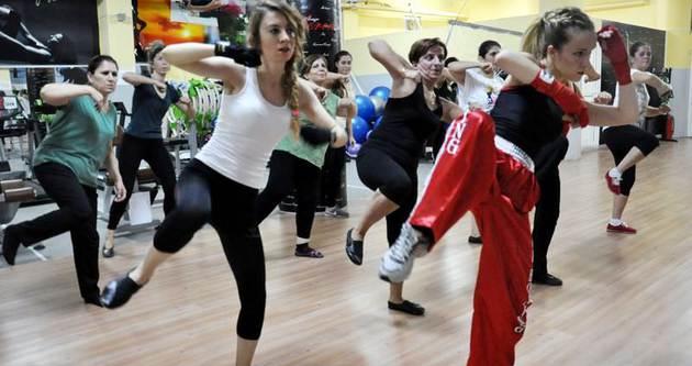 Dövüş sanatını dans ederek öğreniyorlar