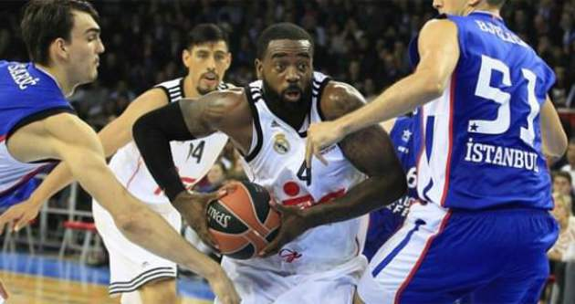 Efes'ten Real'e son salise darbesi!
