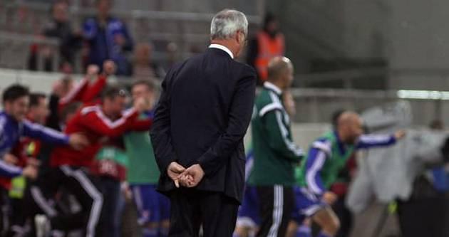 Ülkeyi terk et Ranieri