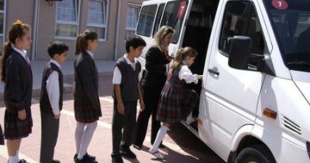 Okul servisleri kaldırılmayacak