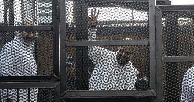 İki İhvan lideri cezaevinde öldü