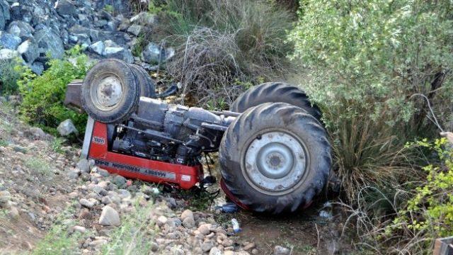 Baba ve oğlu aynı kazada öldü