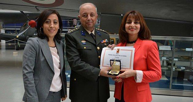 Savunma Film Festivali'nden Türk filmine ödül