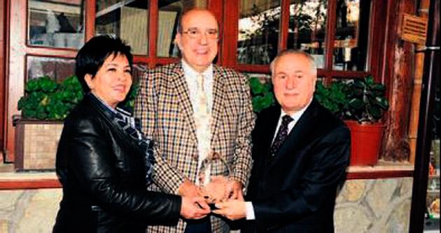 Başkent'in tanınmış balık restoranına 'turizm' ödülü