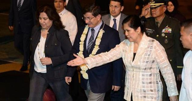 Başbakan Davutoğlu, Filipinler'de