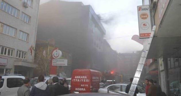 Ankara Halk Sağlığı Müdürlüğü'nde yangın paniği