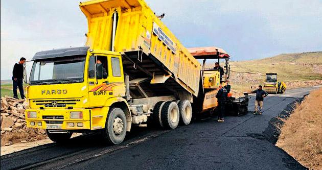 Gölbaşı'nda asfalt çalışmaları hızlandı