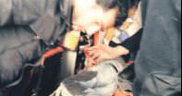 Merdivenden düşen Durmazel ağır yaralandı