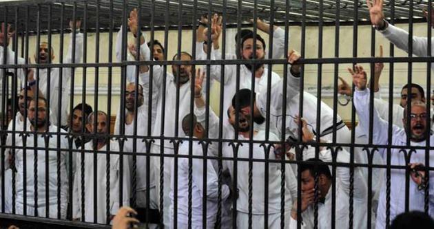 Mısır'daki darbe karşıtları grevde
