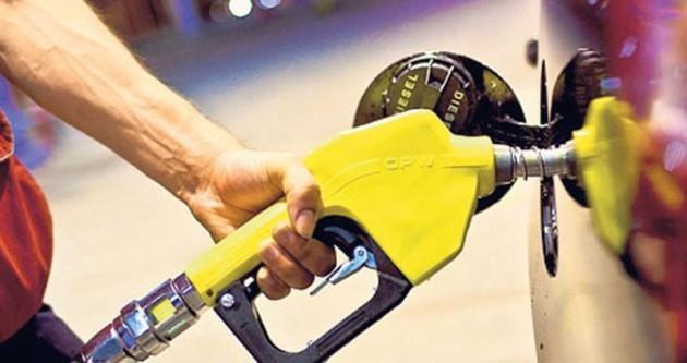 Petrol fiyatları düşüyor, İran ve Rusya endişeli!