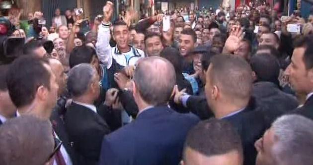 Cezayirlilerden Erdoğan'a tezahürat!