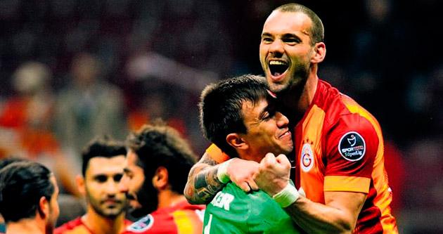 Sneijder'e vur emri
