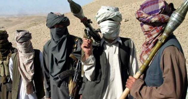 Taliban'a ABD saldırısı: 5 ölü