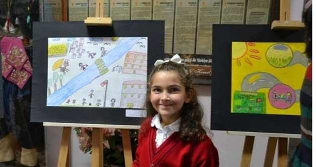 Öğrenciler resimlerle ekmek israfına dikkat çekti