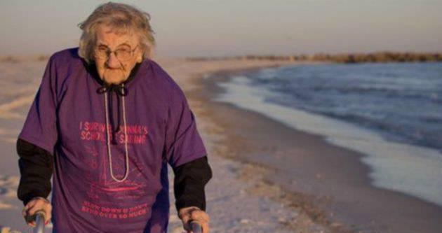 Amerikalı kadın yüz yaşında ilk kez denizi gördü