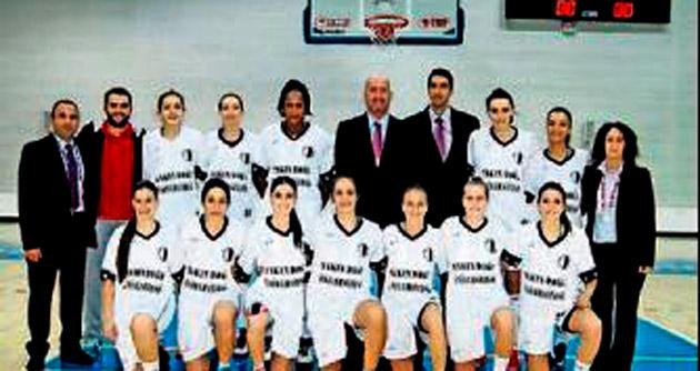 YDÜ Basketbol Bayan Takımı Gaziantep'te