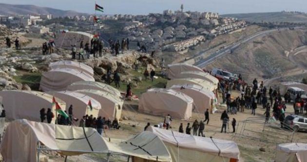 Filistinli köyünü açık hapishane yaptılar