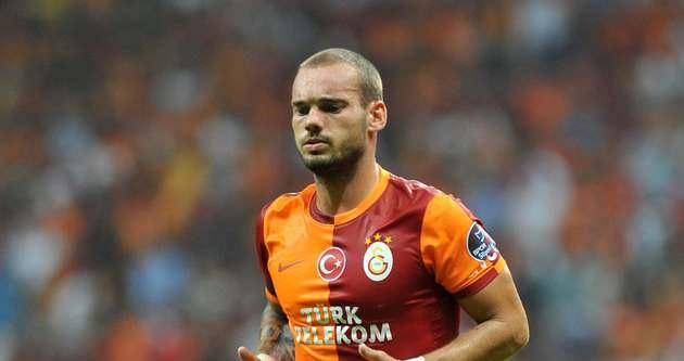 Sneijder oynattırılmıyor