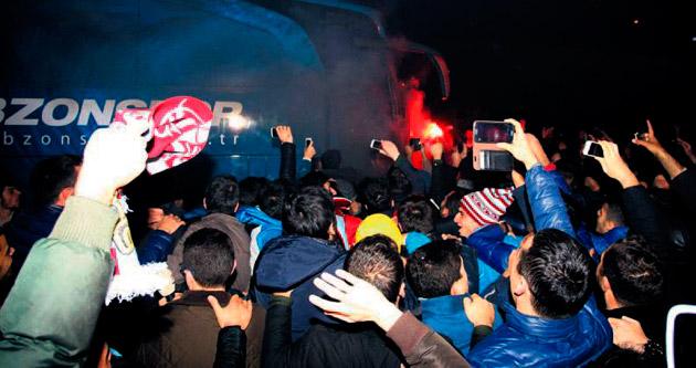 'İstanbul fatihleri'ni bağırlarına bastılar
