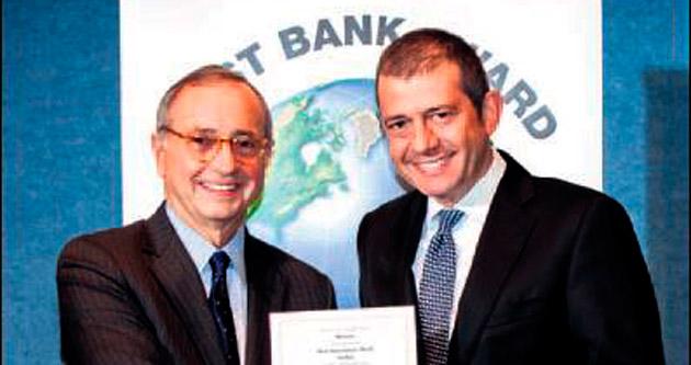 Akbank'a Türkiye'nin En İyi Bankası ödülü