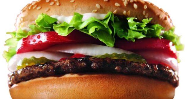 Fast food devinden hijyen skandalı! Kapanıyor!