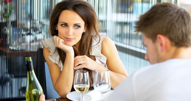 Kadın erkeği üç dakikada çözüyor