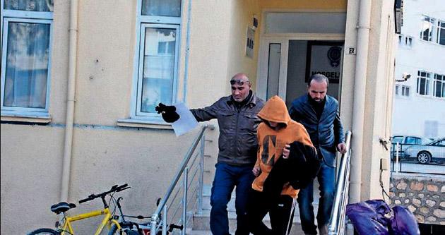 Motosiklet hırsızı yakayı ele verdi