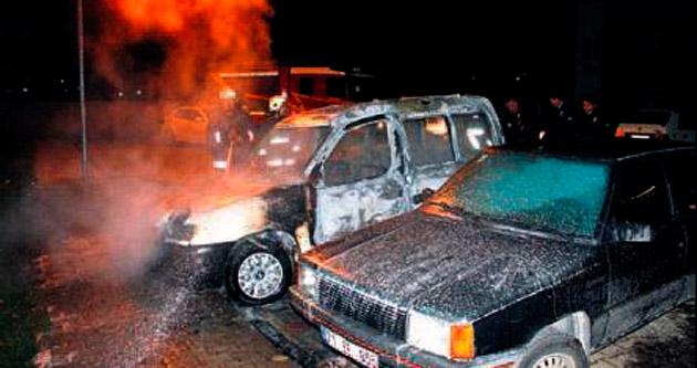 Alev alan araç paniğe neden oldu