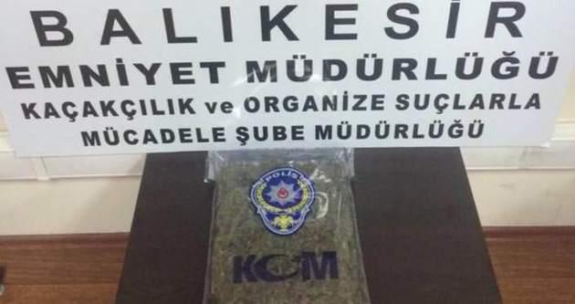 Polisi görünce bonzai poşetlerini yutan şahıs komaya girdi