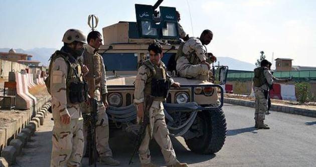 Afganistan'da Taliban 12 işçiyi kaçırdı