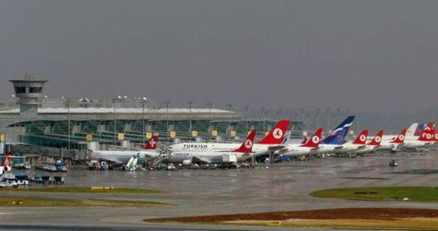 Bu yıl Türkiye'de 22 saniye' de bir uçak kalktı