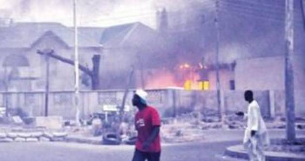 Nijerya'da cami bombalı saldırı!