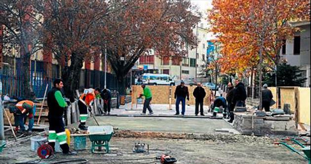 Atatürk Meydanı yeniden yapılıyor