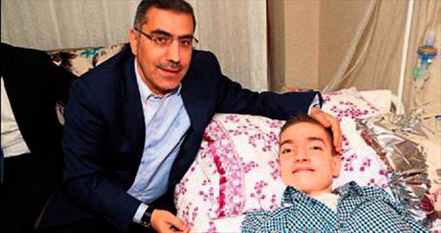 Kas hastası Muhammet'e Başkan'dan sürpriz ziyaret
