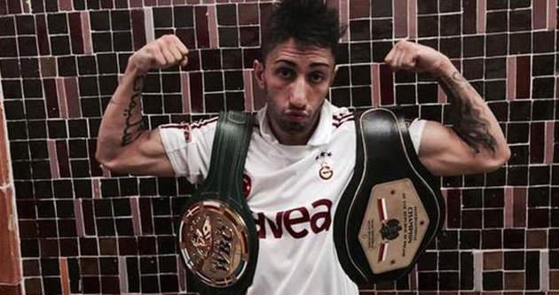 Sırp boksörü yendi, Galatasaray forması giydi