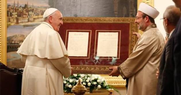 Görmez'den Papa Francisco'ya özel mektuplar