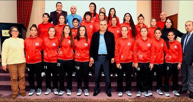Muratpaşa futbolda 5 istiyor
