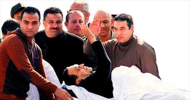 Mursi'ye idam Mübarek'e beraat