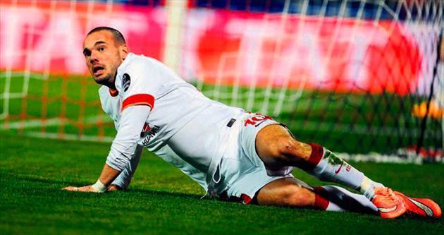 Sneijder zoru başardı!