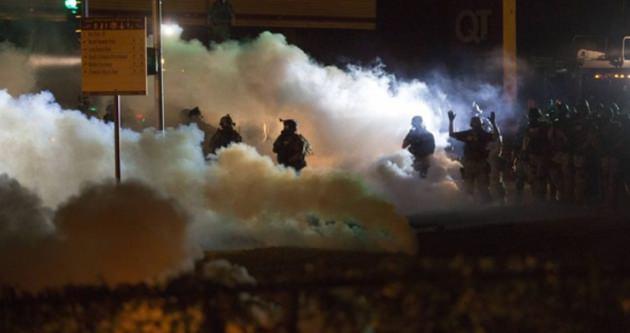 Siyahi genci öldürüren o polis istifa etti
