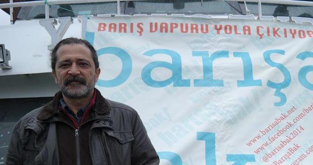 Barış Vapuru Eminönü'nden yola çıktı