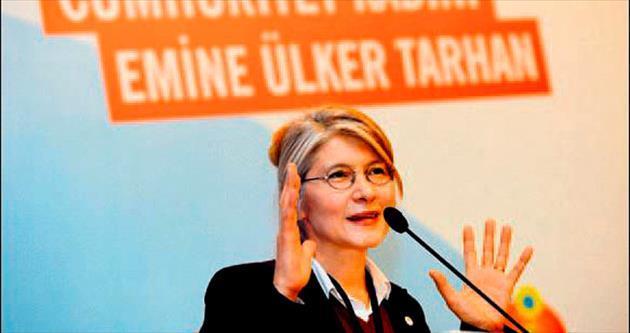 Tarhan ilk kongrede eski partisini eleştirdi