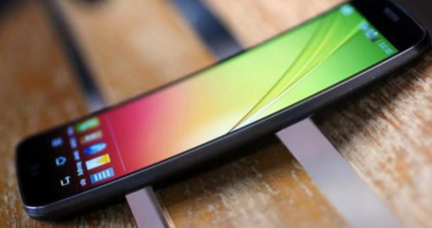 Kavisli ekranlı LG G Flex 2'nin çıkış tarihi