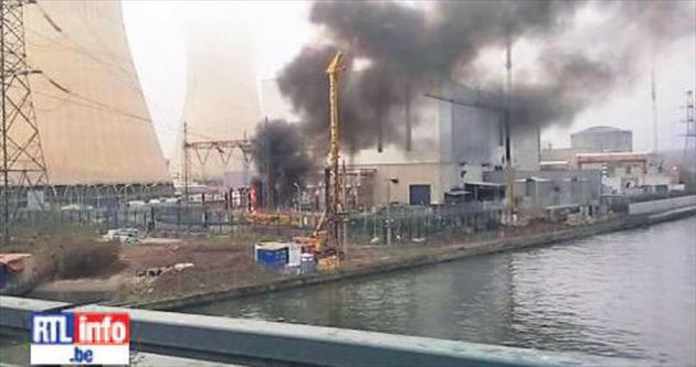 Nükleer santralde yangın korkuttu