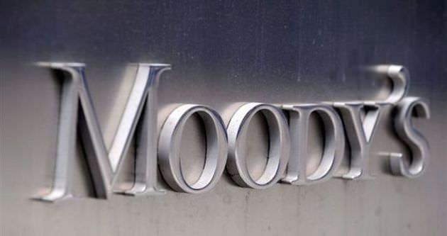 Moody's Japonya'nın kredi notunu düşürdü