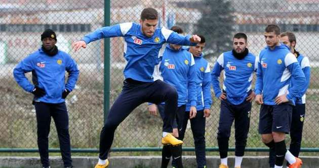 Eskişehirspor kupa hazırlıklarına başladı