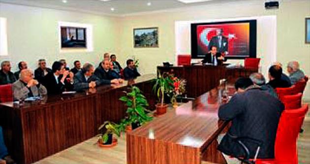 Akseki Belediyesi muhtarları dinledi