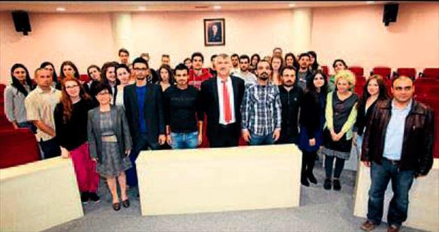 Demokrasi öğrencileri Karalar'ı ziyaret etti